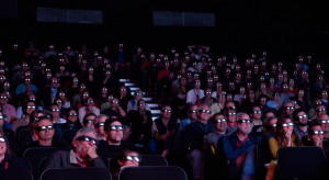 10-TFF-RB-3D-Audience-0609